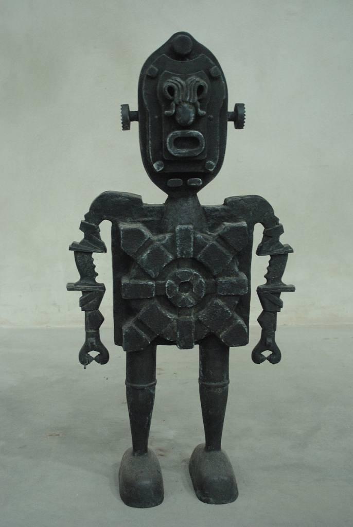 robot-janus-bronz-2012-1384253596.jpg
